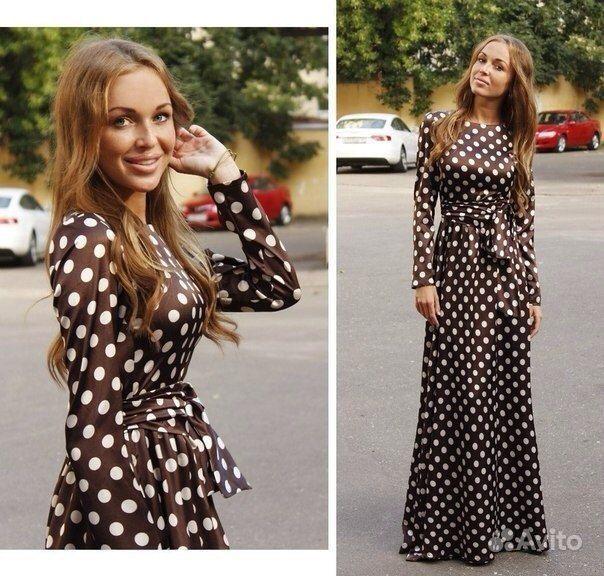 Платье в горошек длинное