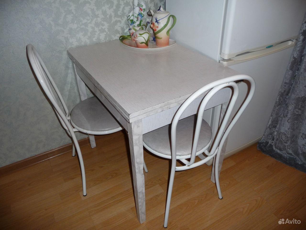 Кухонный гарнитур стол