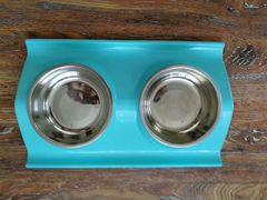 Набор мисок на подставке, для домашних кошечек и с