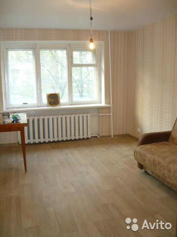 Продается двухкомнатная квартира за 2 600 000 рублей. г Курск, ул Овечкина.