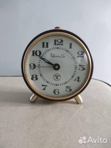 Ссср продам часы с будильником часа спб телефонов 24 скупка в