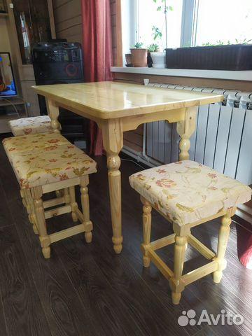 Мебельный гарнитур (стол и табуреты )  купить 1