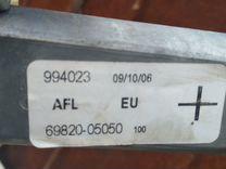 Стеклоподъемник электрический Тойота Авенсис 2