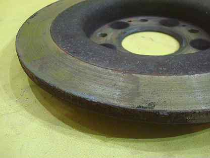 Тормозной диск задний Honda Civic 9 5D 12-14г б/у